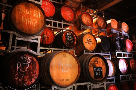24_Robert_Stein_wine_barrels
